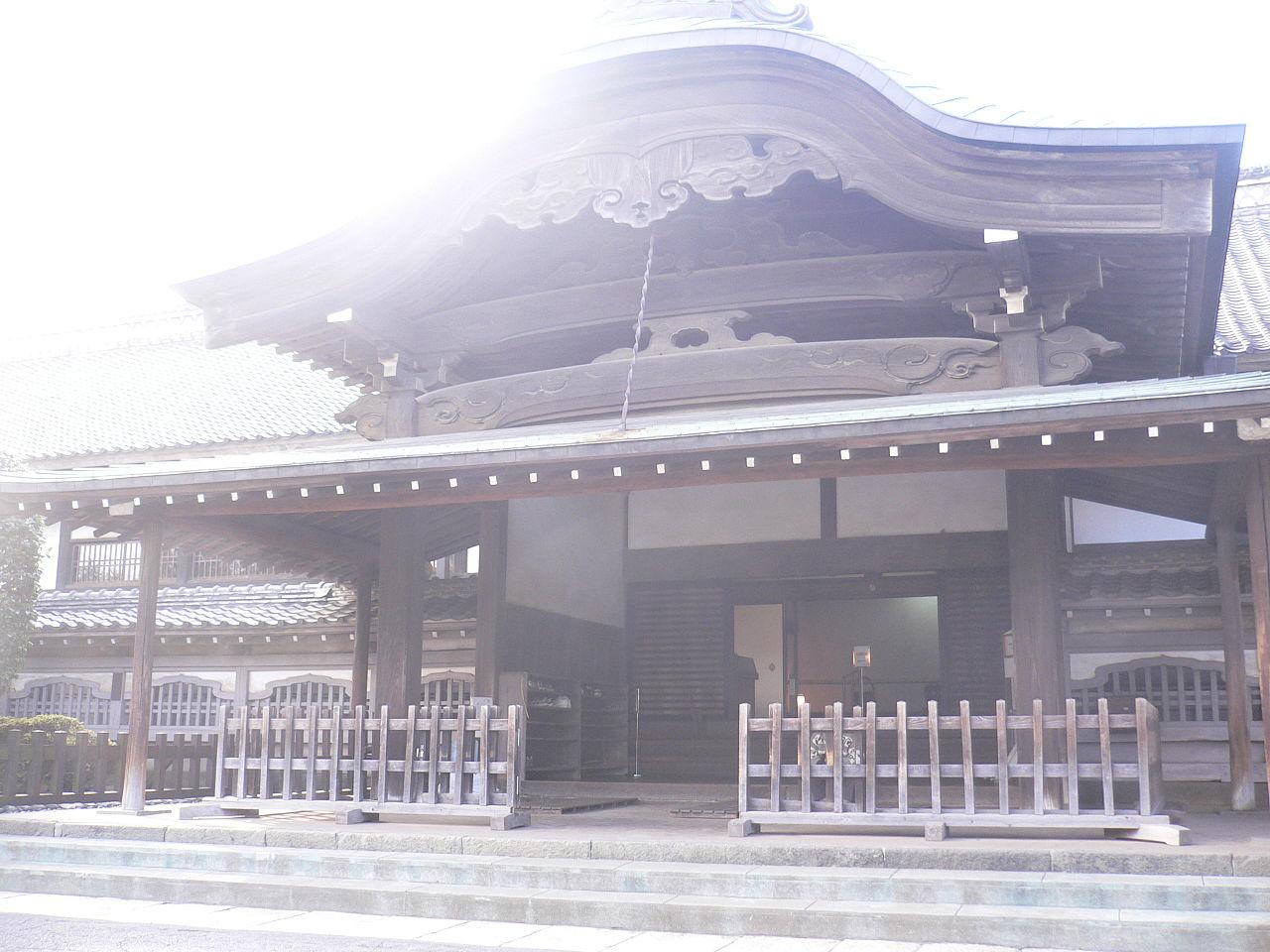 Kawagoe castle-Honmaru-2006-02-12.jpg