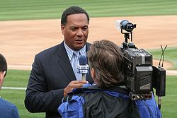 Ken singleton yes announcer.jpg