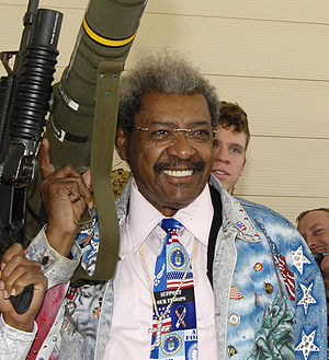 Don King (boxing promoter) - King with an AT4 rocket launcher in 2007