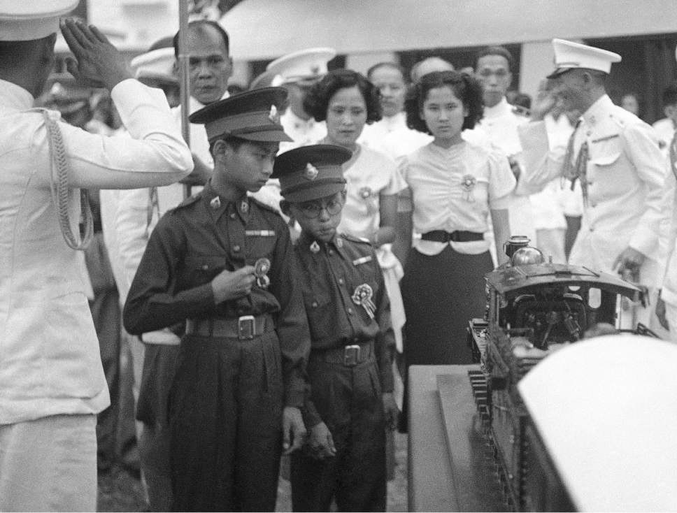King Ananda Mahidol and Prince Bhumibol Adulyadej (1938)