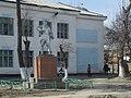Kirov monument - panoramio.jpg
