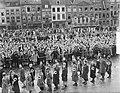 Koninklijk bezoek aan Limburg, aankomst Gouvernementspaleis, Bestanddeelnr 903-9274.jpg