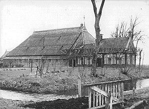 Frisian farmhouse - A typical Frisian Head-Neck-Body farmhouse.
