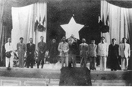 Lâm-thời Liên-hiệp Chính-phủ Việt-nam Dân-chủ Cộng-hòa ra mắt Quốc-hội ngày 02 tháng 03 năm 1946.jpg