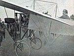 Léon Morane sur Blériot à la Semaine de Champagne de Juillet 1910 (RM de vitesse aérienne).jpg