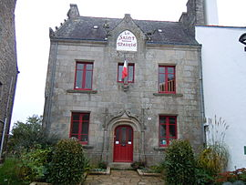 The town hall in Le Saint