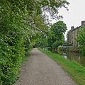 Leeds and Liverpool Canal, Rodley (26970556010).jpg