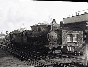 Dunstable Branch Lines - An LNWR 0-8-0 49403 leaves Leighton Buzzard railway station for the Dunstable branch