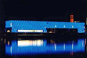 Lentos Art Museum - Lentos at night