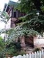 Letzter Wohnort Wilhelm Wundts mit Gedenktafel, Blick Haupteingang, Großbothen.jpg