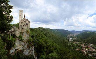 Lichtenstein Castle (Württemberg) - The castle on its escarpment