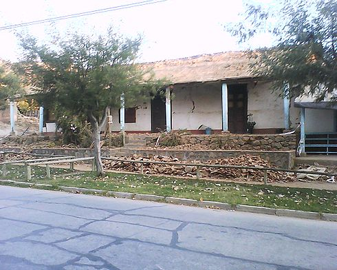 A Lolol house, severely affected by the earthquake. Image: Diego Grez.