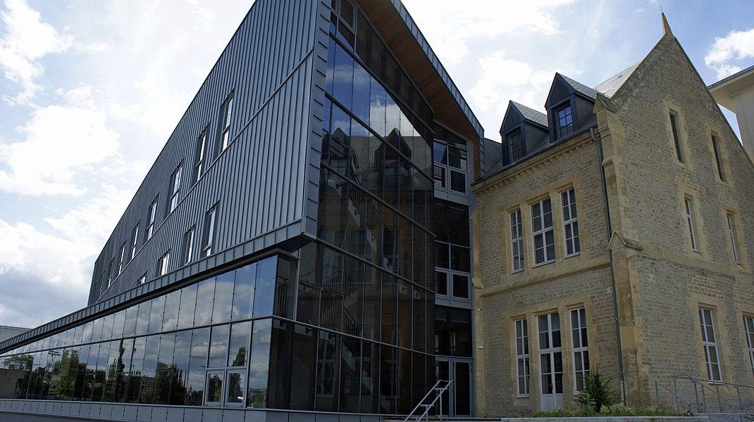 Lycée J-B Clément à Sedan.