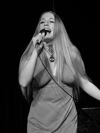 Lynn Carey - Lynn Carey (1972)