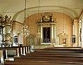 Mårdaklevs kyrka - interiör mot koret.jpg