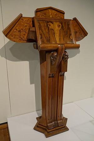 Duilio Cambellotti - Walnut lectern by Cambellotti, 1923