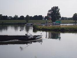 Maas-Waalkanaal en de Maas bij Molenhoek