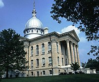 Macoupin County Courthouse, Carlinville.jpg