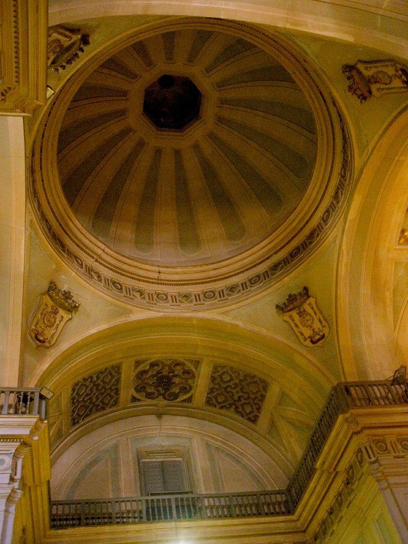 Madrid - Iglesia del Carmen y San Luis 06.jpg