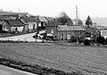 Maison du 1 rue du Haut Outrebois (Somme) (1988) Maison RIVILLON détruite en 1995 rectification du tracé de la D938.jpg