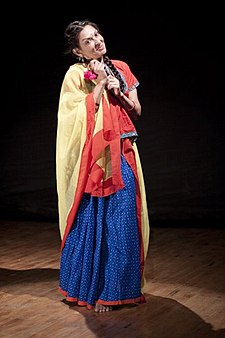 Mallika Sarabhai in play AKABR directed by Arvind Gaur.jpg