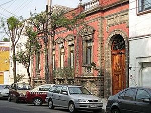 Colonia San Rafael - Former mansion on Velazquez de Leon Street