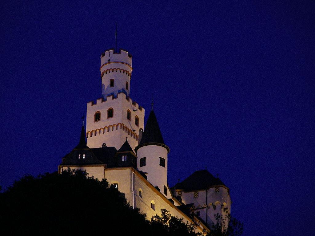 Marksburg Castle at night