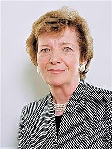 https://upload.wikimedia.org/wikipedia/commons/thumb/1/1f/Mary_Robinson_%282014%29.jpg/220px-Mary_Robinson_%282014%29.jpg