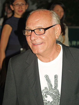 Max Azria - Max Azria at the Spring 2009 Mercedes-Benz Fashion Week