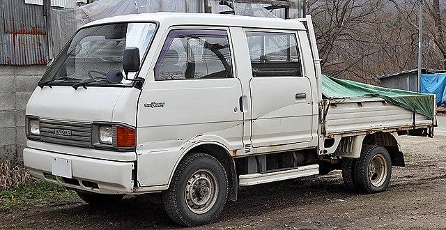 File:Mazda Bongo Brawny 005.JPG - Wikimedia Commons