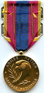Medaille de la defense nationale or revers.jpg