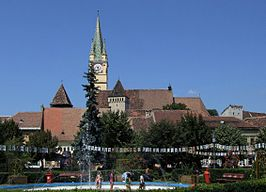 Mediaş (Mediasch, Medgyes) - city center with St. Margaret Church.jpg