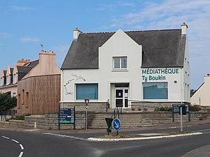 Mediatheque Lampaul.jpg