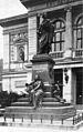 Mendelssohn-Denkmal-Leipzig Kohut-1-S41-cropped.jpg