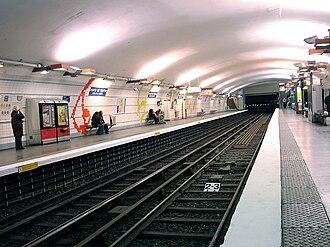 Porte de Pantin (Paris Métro) - Image: Metro de Paris Ligne 5 Porte de Pantin 01
