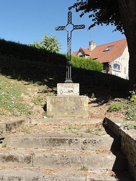 Meurival (Aisne) croix de chemin