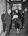 Mevrouw Kennedy bezoekt Costuummuseum te Den Haag, Bestanddeelnr 913-5657.jpg