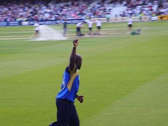 Michael Carberry - Michael Carberry celebrates after Hampshire defeated Sussex in the 2009 Friends Provident Trophy final at Lord's