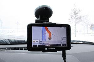 Deutsch: Mobiles Navigationsgerät der Firma Na...