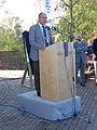 Molen De Korenbloem, Kortgene 01-10-2011 burgemeester van Noord- Beveland , Henny van Kooten onthulling sponsorbord.jpg