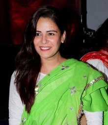Mona Singh celebrates Janmashtami at ISKCON in Juhu (cropped).jpg