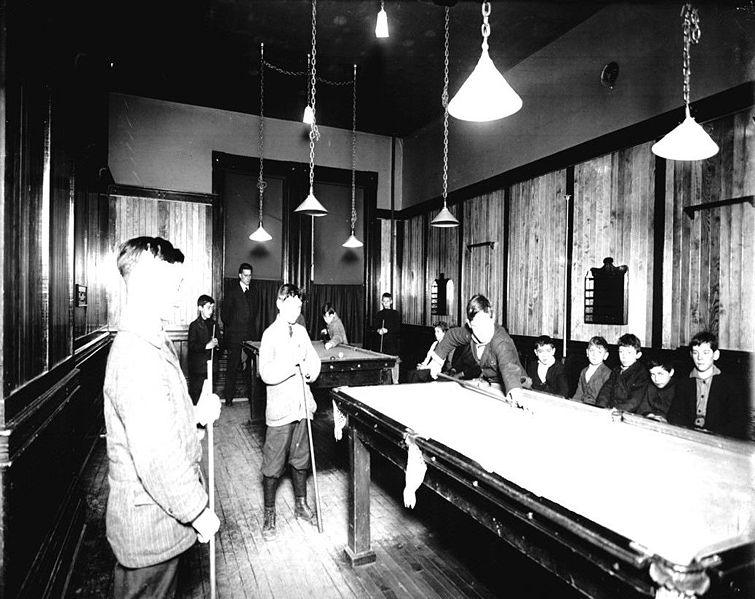 File:Moss Park Recreation Centre billiard room.jpg