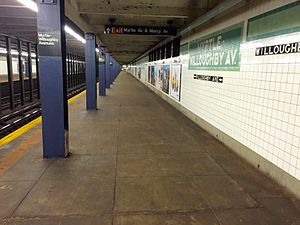 Myrtle–Willoughby Avenues - Queens Bound Platform.jpg