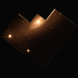NGC 3885 hst 06359 606.png