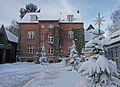 NGOL Bürogebäude Schnee.jpg