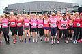 Naast elkaar trainen Ladiesrun 2015.jpg