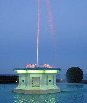 Napier, New Zealand - Napier's Tom Parker Fountain at dusk