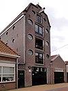 foto van Pakhuis van meubelmakerij