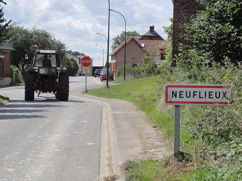Neuflieux (Aisne) city limit sign