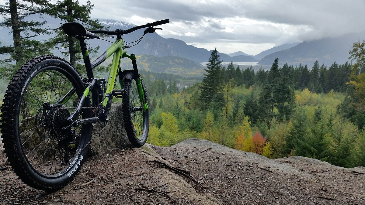 Best Mountain Bike For Traveling